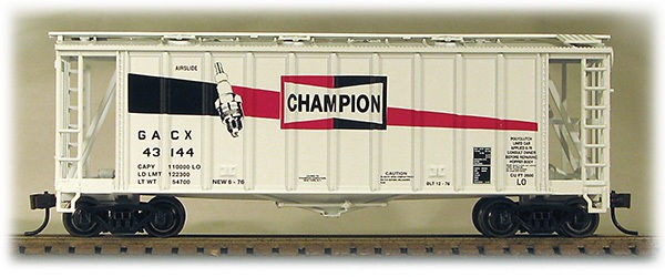 HO 2600 Cu Ft Airslide Covered Hopper (R.T.R.) Champion Plugs (01-97062)