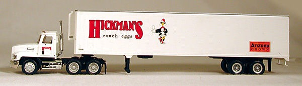 HO Hickmans Eggs 18 Wheeler (4-1096)