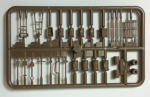 HO Loading Dock Accessory kit,Unpainted,24 diff items (2 paks per sale)29068