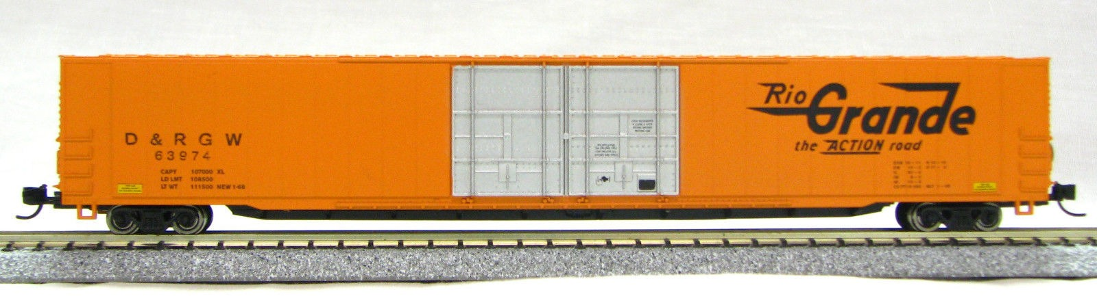 N Scale 4 Door 85 Ft Hi-Cube, Rio Grande Orange (with MT couplers) 1-014666