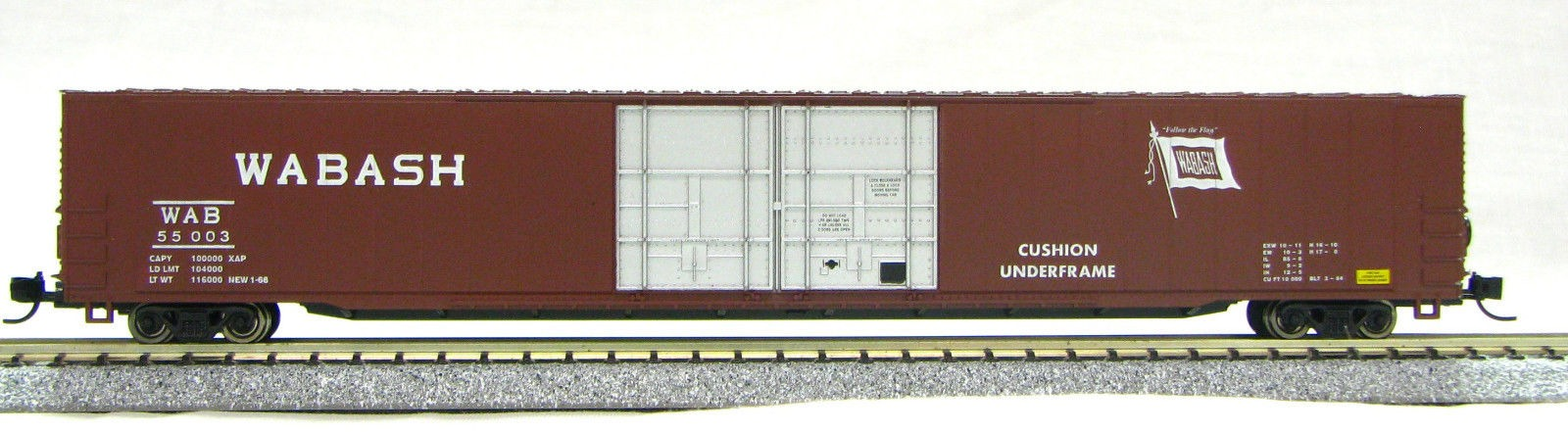 "N Scale 4 Door 85 Ft Hi-Cube, Wabash "" Flag "" (with MT couplers) 1-014668"