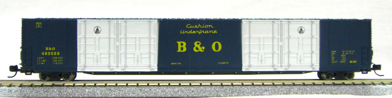 N Scale 8 Door 85 Ft Hi-Cube, B & O (with MT couplers) 01-014634