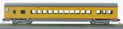 HO 72 Ft Passenger Car Coach #614 Milwaukee Road (UP yellow/gray) (1-000909)